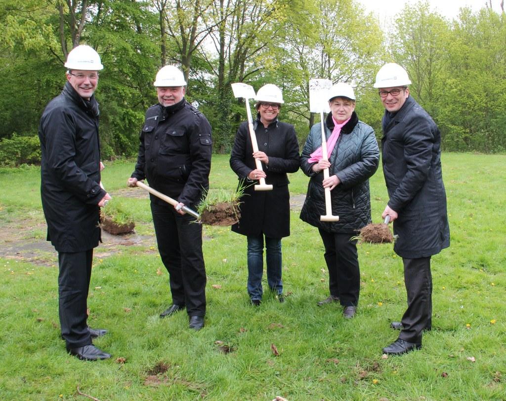 """Erster Spatenstich für Kita-Neubau """"Hubertusweg"""""""