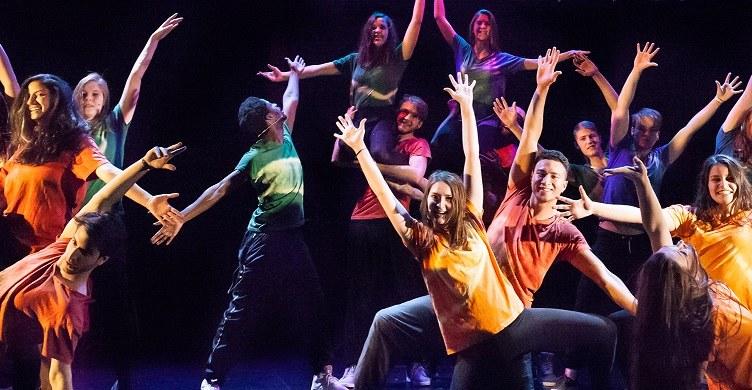 """Die Neusser Musicalwochen (hier ein Bild aus der 2015er Produktion """"Fame"""") bringen 2018 wieder ein populäres Stück auf die Bühne. Foto: Hanne Brandt"""