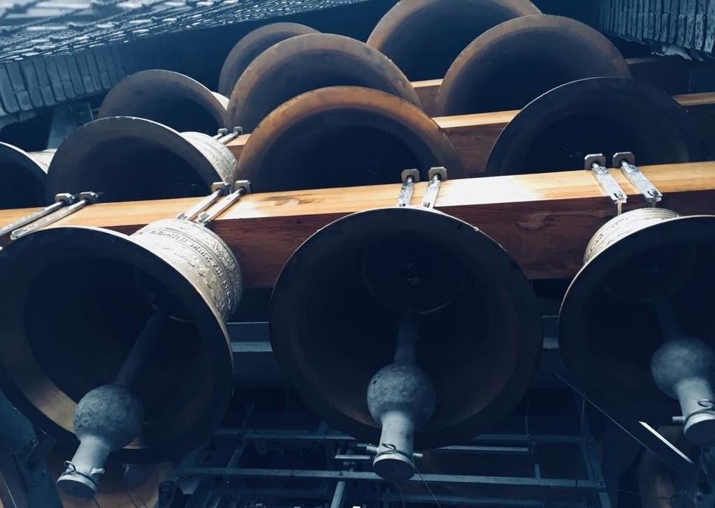 Das neue Glockenspiel im Turm der Parkabtei in Leuven.