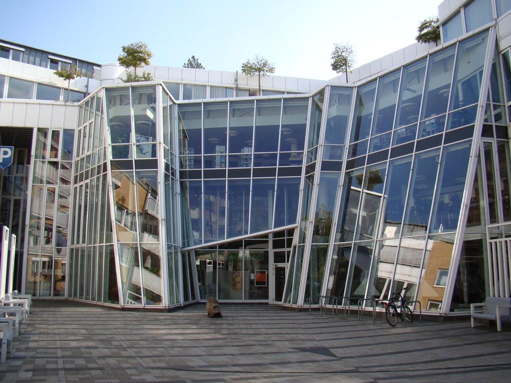 Stadtbibliothek wieder geöffnet