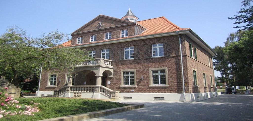 Das sanierte Alte Rathaus in Norf