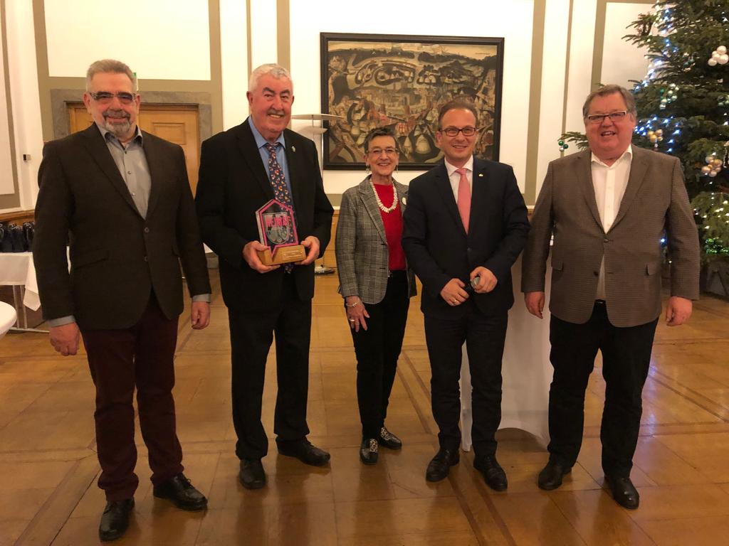 Heimatpreis-AK Nikolausmarkt-Toni_Schaefer-Rolf_Arnold-Ingrid_Schaefer-Joachim_Goerdt.png