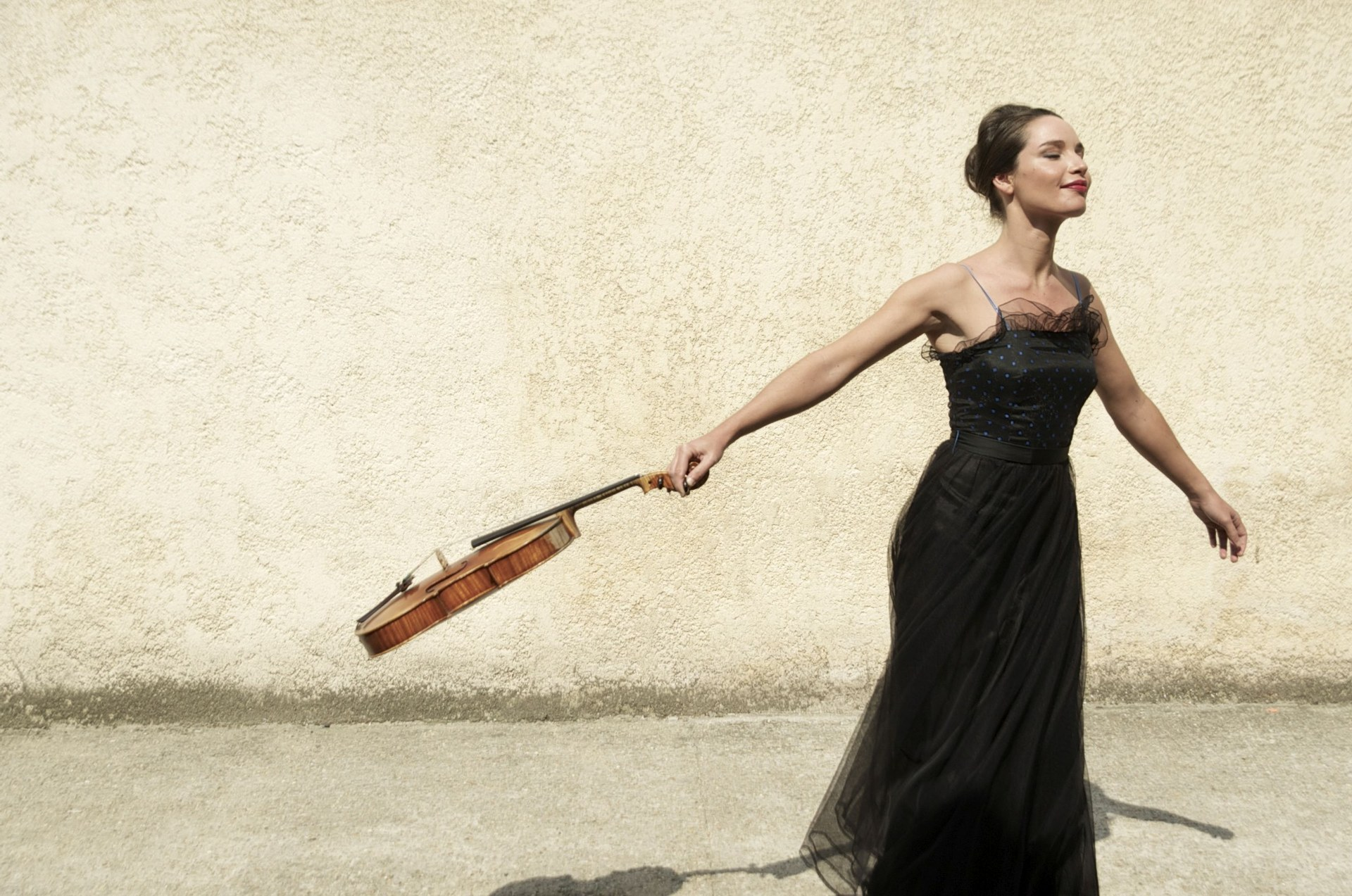0603 Zeughauskonzerte Neuss - Lise Berthaud, Foto Neda Navaee