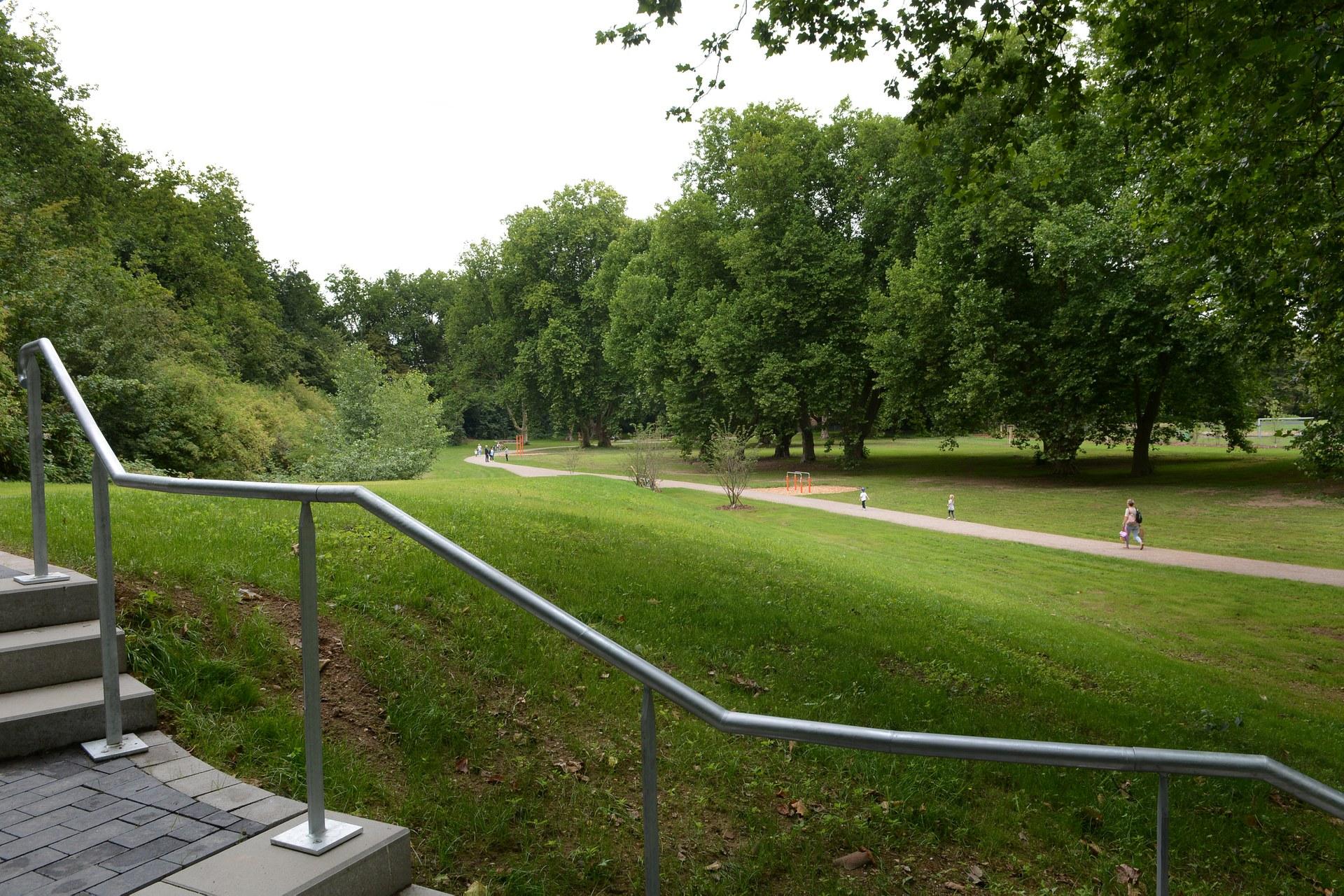 Nordpark 15.jpg