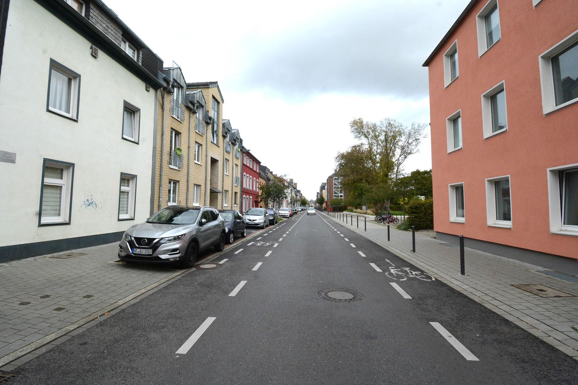 0910 Umbau und Kanalsanierung Bergheimer Straße beendet 03.jpg