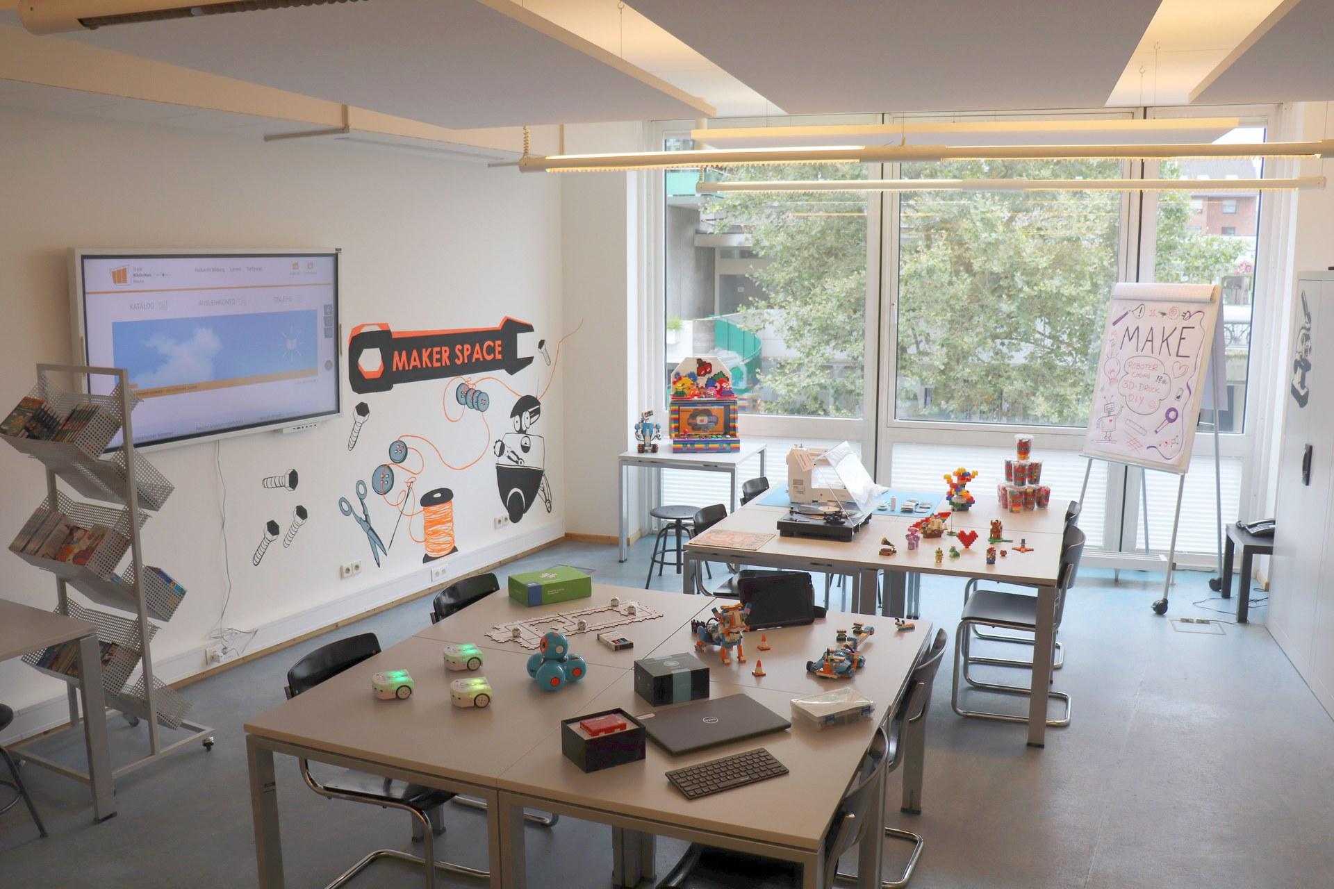 Makerspace - Kreativ werden in der Stadtbibliothek 02_Foto Claudia Ehrentraut.jpg