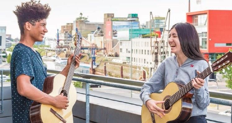 Bühne frei – Gitarre und mehr