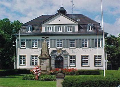 Foto: Ehem. Rathaus Holzheim