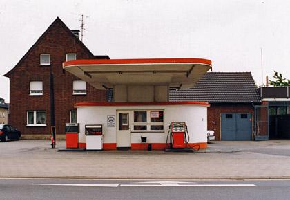 Foto: Tankstelle an der Volmerswerther Straße