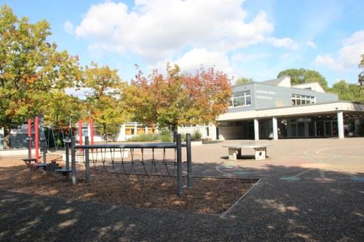Gebrüder-Grimm-Schule, Erfttal