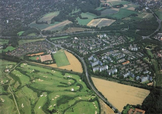 Neusser Stadtteile: Erfttaler Vergangenheit - Luftbild Prachtstraße