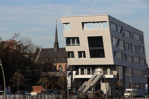 Neues Hafenkopfgebäude