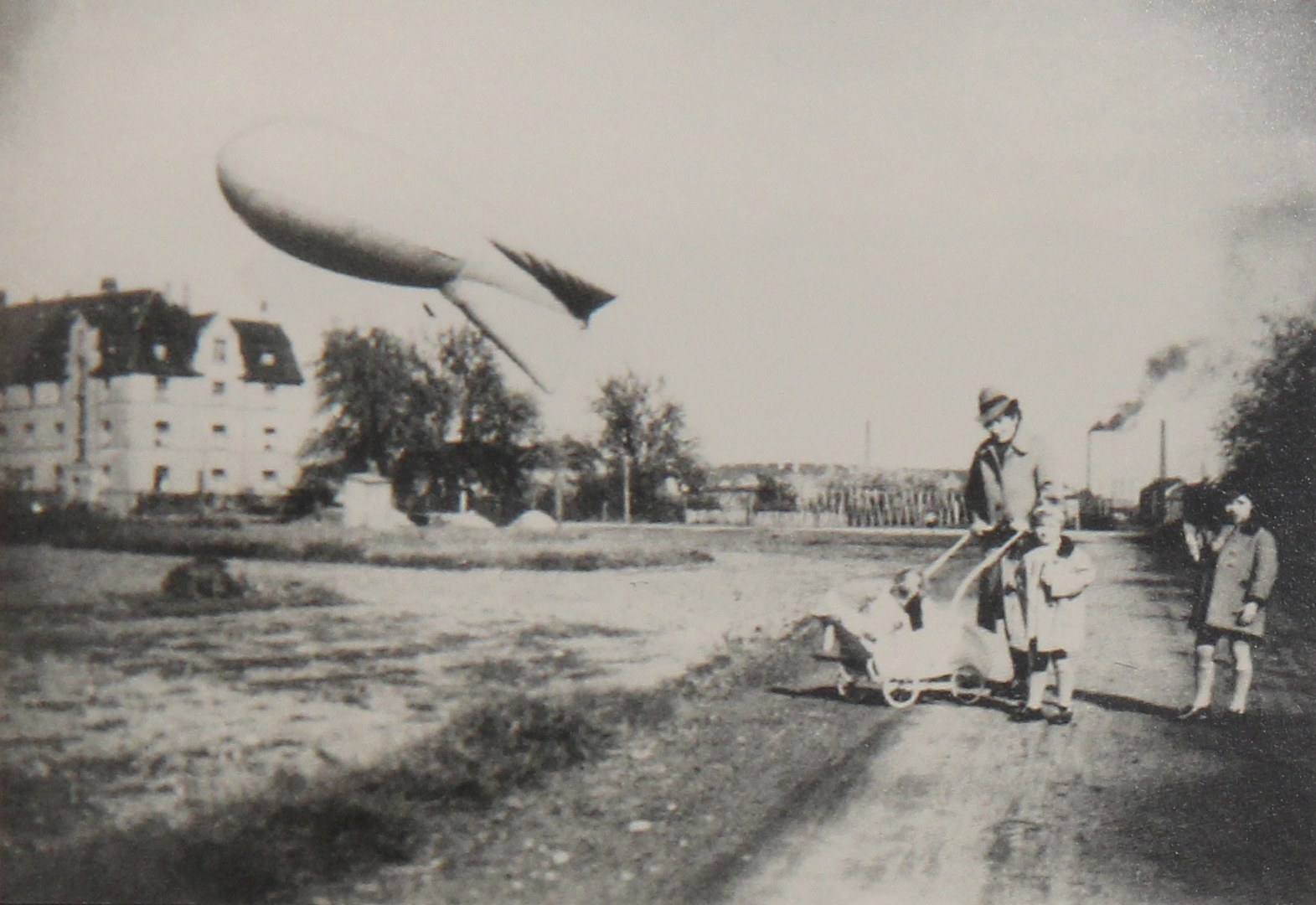 Fesselballon, 1943